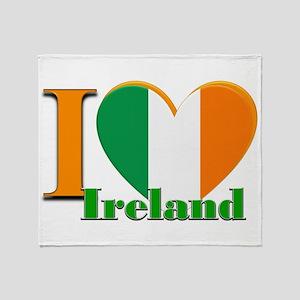 I love Ireland Throw Blanket