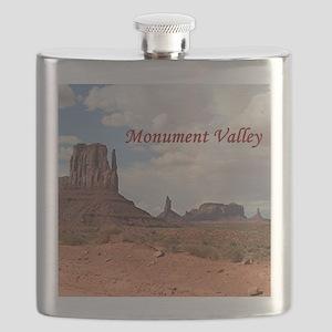 Monument Valley, Utah, USA 3 (caption) Flask