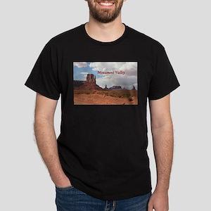 Monument Valley, Utah, USA 3 (caption) T-Shirt