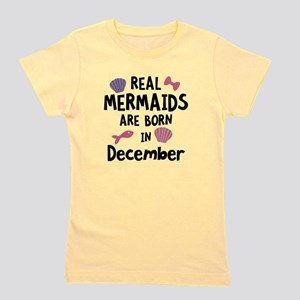Mermaids are born in December Cgeh6 T-Shirt