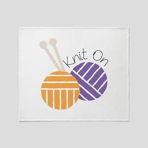 Yarn_Knit On Throw Blanket