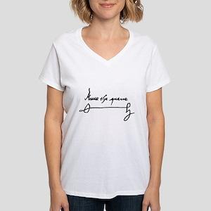 Queen Anne Boleyn of England Signature Aut T-Shirt