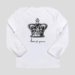 Anne Boleyn Crown and Signatur Long Sleeve T-Shirt