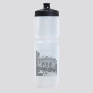 A product name Sports Bottle