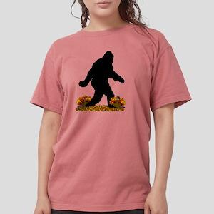 Gone Thanksgiving Squatchin' T-Shirt