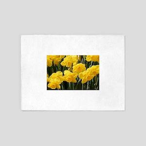 Daffodil flowers in bloom in garden 5'x7'Area Rug