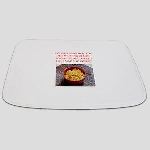 macaroni and cheese Bathmat