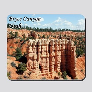 Bryce Canyon, Utah, USA (with caption) Mousepad