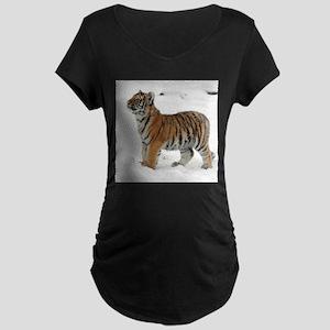 Tiger_2015_0118 Maternity T-Shirt