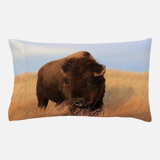 Bison on the plains Pillow Case