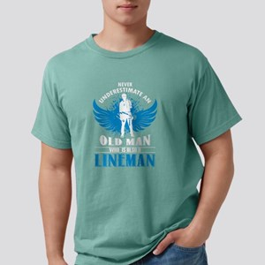 An Old Man Who Is Also A Lineman T Shirt T-Shirt