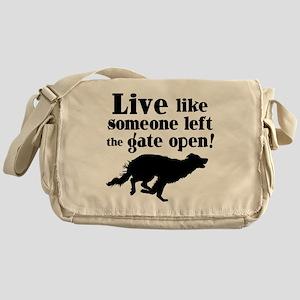 OPEN GATE Messenger Bag