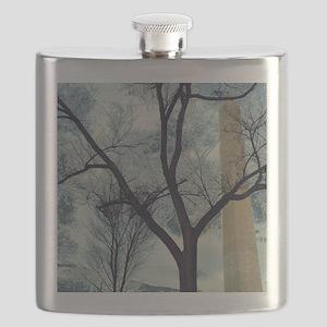 RightOn Hanging Tree Flask