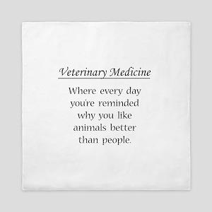 Vet Med: Animals Better Queen Duvet