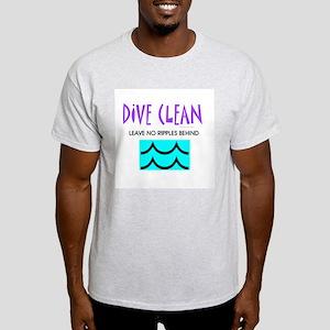 Dive Clean Light T-Shirt