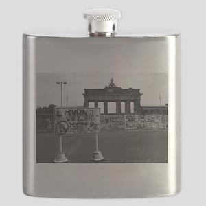 Berlin Wall - Iconic! Flask
