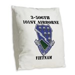 3-506TH CURRAHEE Burlap Throw Pillow