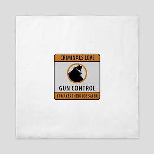 Criminals Love Gun Control Queen Duvet