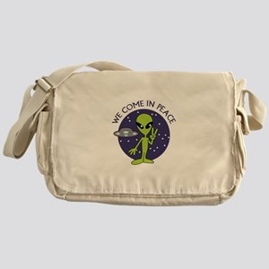 WE COME IN PEACE Messenger Bag