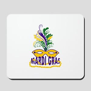 MARDI GRAS MASK AND BEADS Mousepad