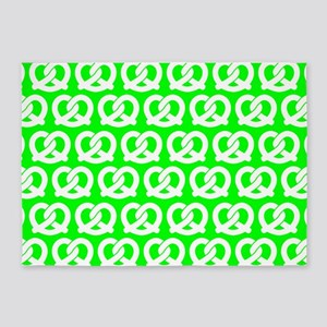 Lime and White Twisted Yummy Prestz 5'x7'Area Rug