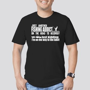 Fishing Addict Men's Fitted T-Shirt (dark)
