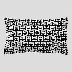Black and White Owl Illustration Patte Pillow Case