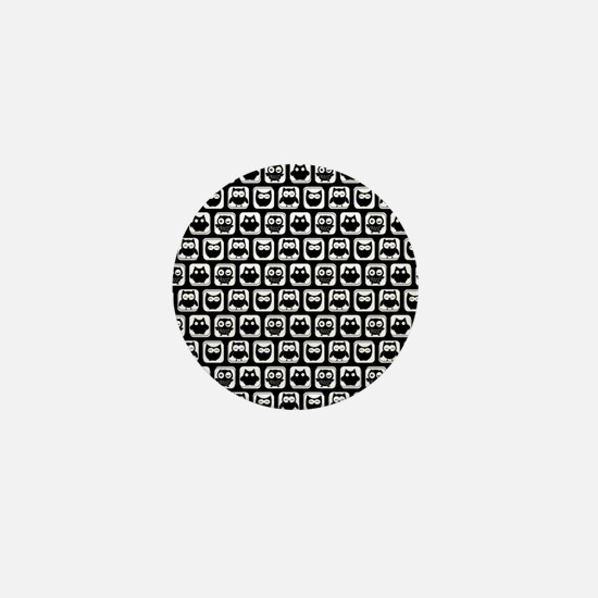 Black and White Owl Illustration Patte Mini Button