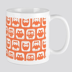 Coral and White Owl Pattern Background Mug