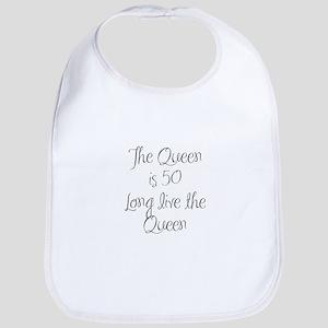Queen is 50-MAS gray Bib