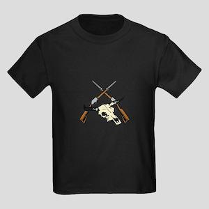 STEER SKULL AND RIFLES T-Shirt