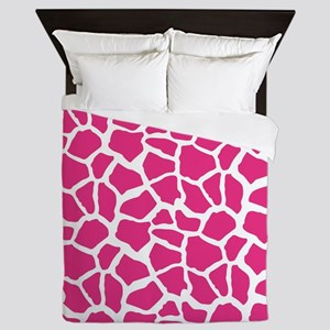 Pink and White Giraffe Pattern Animal Print Queen