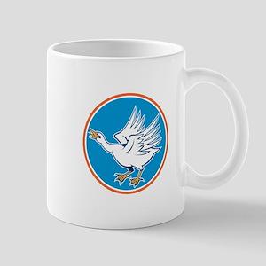 Angry Swan Attacking Circle Retro Mugs