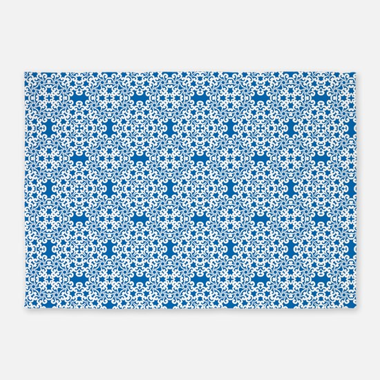 Dazzling Blue & White Lace 2 5'x7'Area Rug