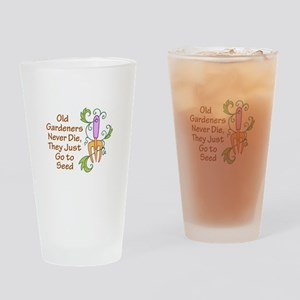 GARDENERS NEVER DIE Drinking Glass