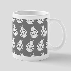 Gray and White Cute Ladybugs Pattern Mug