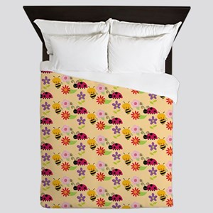 Pretty Flowers Bees and Ladybug Patter Queen Duvet