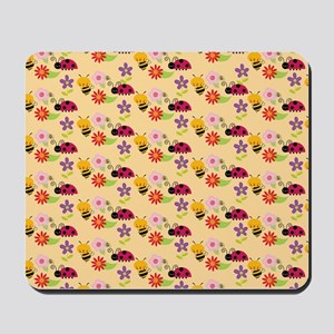 Pretty Flowers Bees and Ladybug Pattern Mousepad