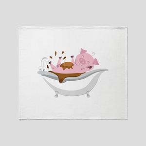 PIG IN BATHTUB Throw Blanket