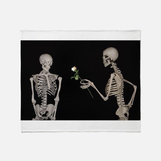 goth valentines day skeletons Throw Blanket