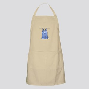 OVERALLS ON CLOTHESLINE Apron