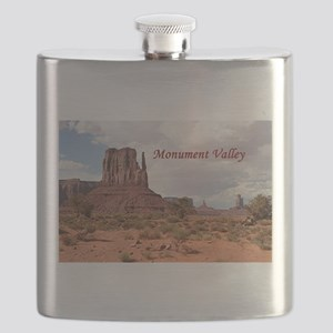 Monument Valley, Utah, USA 2 (caption) Flask
