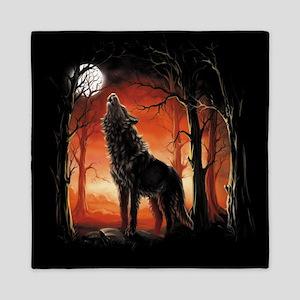 Howling Wolf at Sunset Queen Duvet