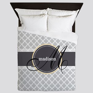Monogram and Name on Gray Quatrefoil Pattern Queen