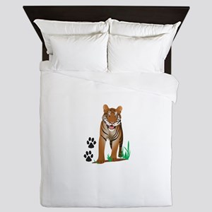 TIGER WITH PAW PRINTS Queen Duvet