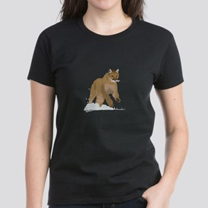 COUGAR IN SNOW T-Shirt