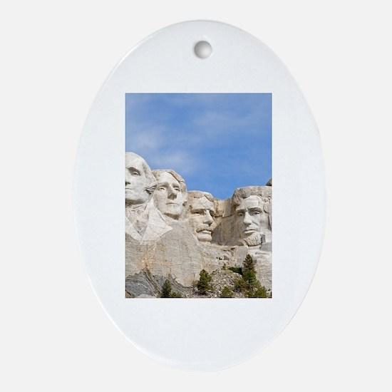 Rushmore 1682 Oval Ornament