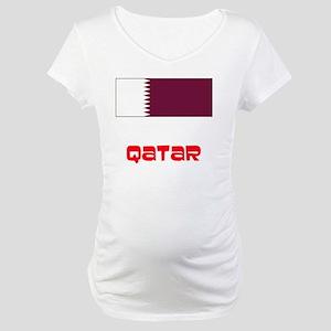 Qatar Flag Retro Red Design Maternity T-Shirt