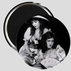 lillian dorothy gish sisters black white an Magnet