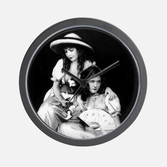 lillian dorothy gish sisters black whit Wall Clock